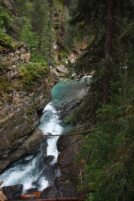 12-banff-area-johnson-canyon-9