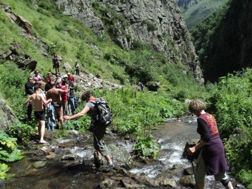 07-Kazbegi-falls-28