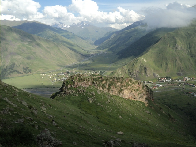 07-Kazbegi-trekking-93