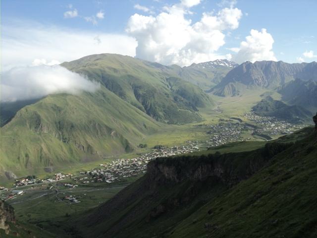 07-Kazbegi-trekking-96