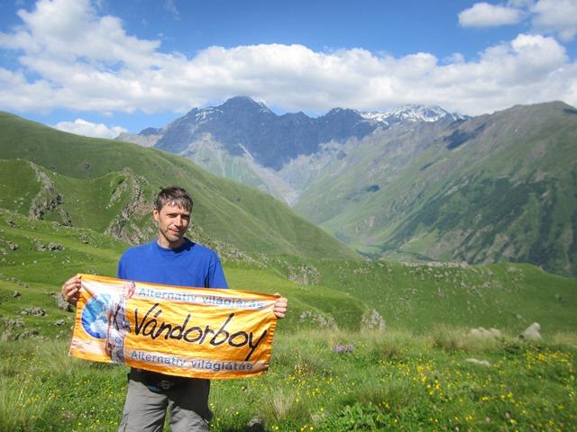 1_33-Kazbegi-nagy-trekking-75