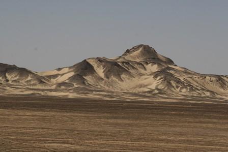 06-black-desert-2