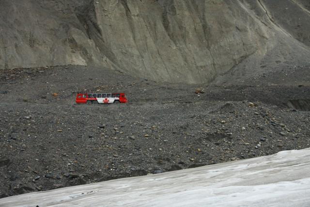 26-columbia-icefield-39
