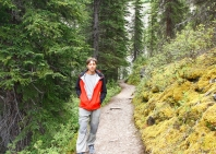 15-lake-louise-moraine-lake-trek-4