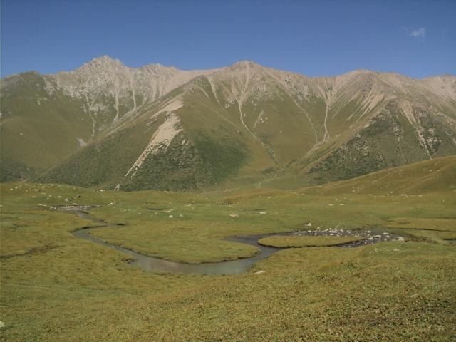 11-lake-trekking-8