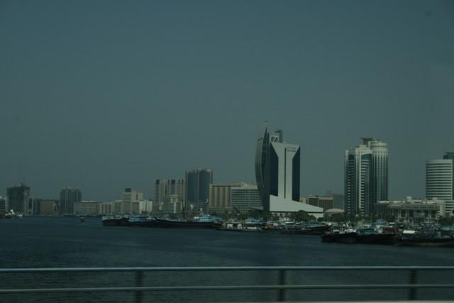 Emirátusok a tenger felöl