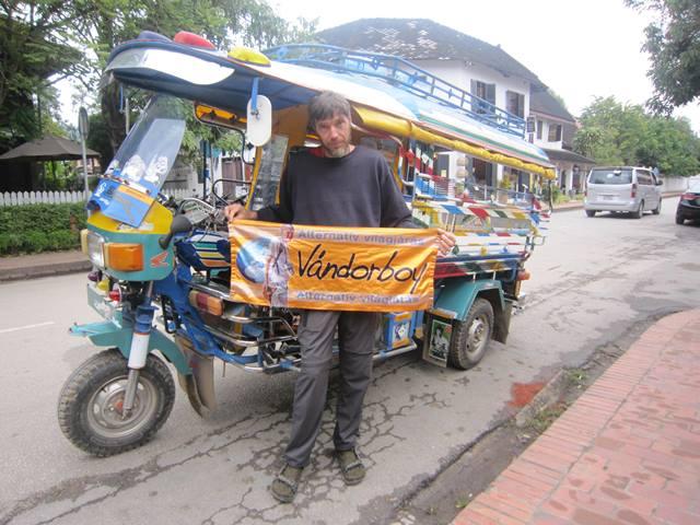 Laosz tömegközlekedés, riksa
