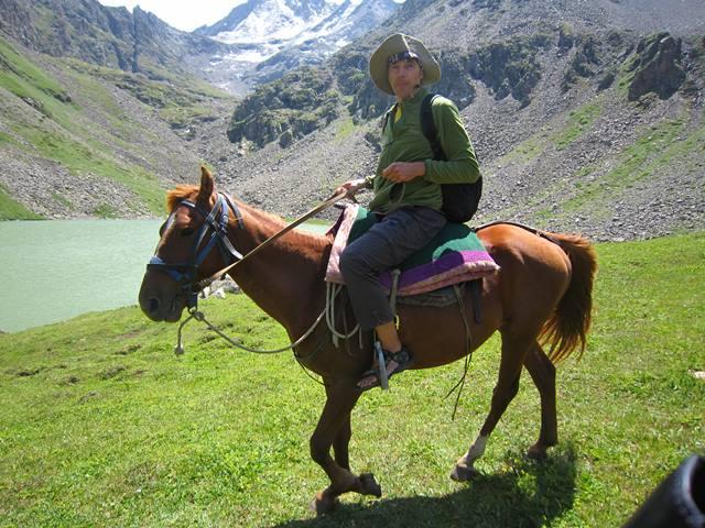 Kirgizisztán lovaglás